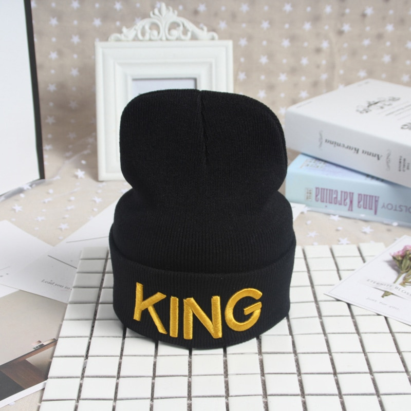 Caps Warm Knitted Couple King Queen Letter Embroidery Black Caps Hats