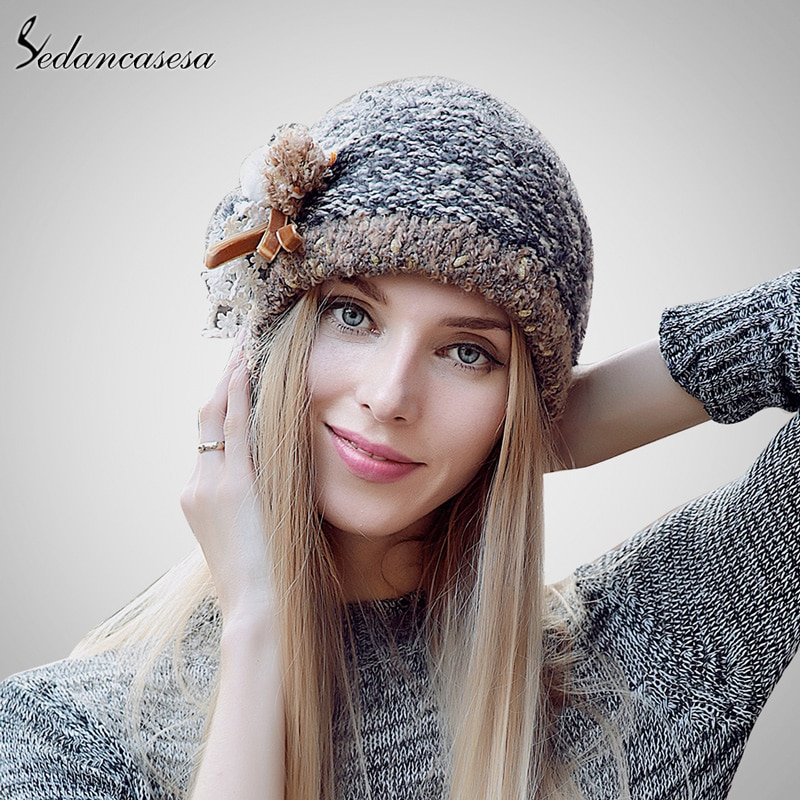 Autumn And Winter Female Hats Hot Selling The Knitting Ball Cap Hat Ca