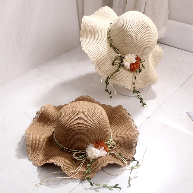 Beach Hat Female Day Wavy Side Flower Shade UV Protection Straw Hat Holiday Vacation Sun Protection Big Hat