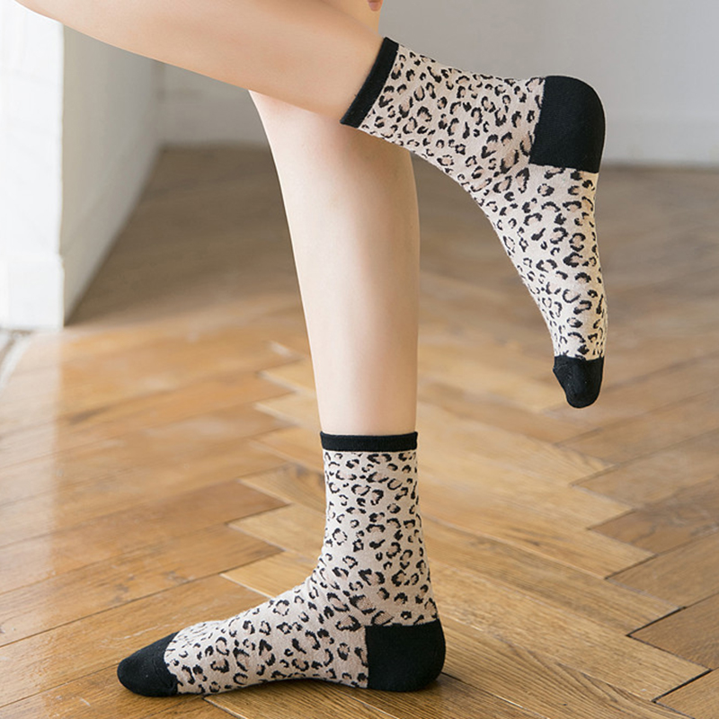 Ladies Leopard Print Breathable Jacquard Short Tube Socks
