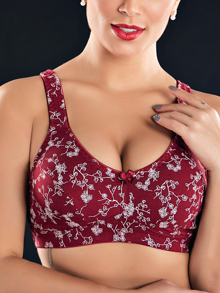 KISSLACE Plus Size Floral Wireless Full Coverage Leisure Bra